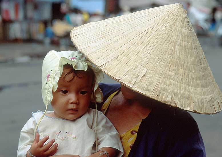 DaveGillyGilstein-Saigon-Mother-&-Child